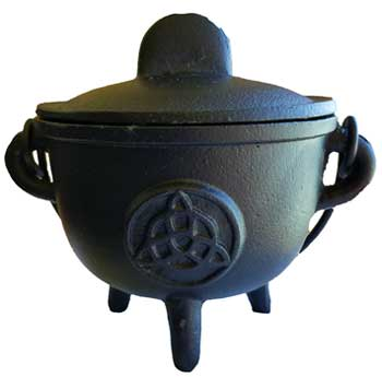 Medium Triquetra Cauldron - Cast Iron 5""